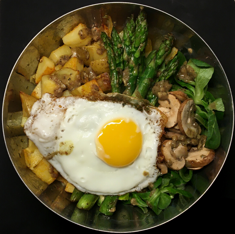 Spring Bowl with Green Asparagus